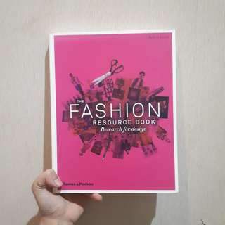 The Fashion Resource Book for Design