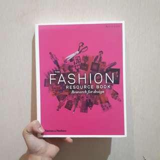 The Fashion Resource Book for Design