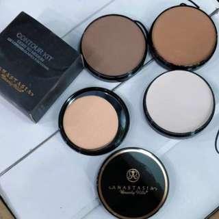 💄 Anastasia Beverly Hills Contour Kit Light to Medium Pressed Powder Form Conceal Correct Contour Highlighter Contour Bronzer 3 in 1