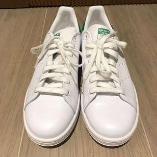 White Adidas Stan Smiths (brand new)