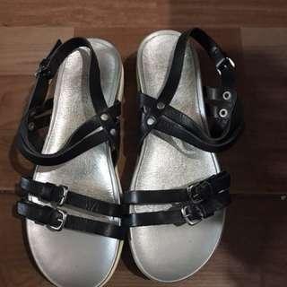 Galleries Lafayette sandals