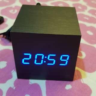 Cube Digital Clock (Black Wood)
