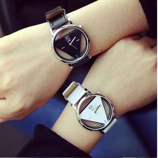 Jam Tangan Hollowed-out Triangular Dial Watch