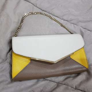 Clutch yellow furla auth.