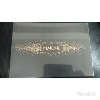 只有一盒平賣  Maione禮盒套裝 青春定格原液噴噴50ml+漫妮青春秘碼精華液10ml 抗敏 去皺去印美白保濕
