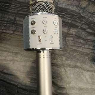 Q8唱K神器最新型號,好聲多功能!