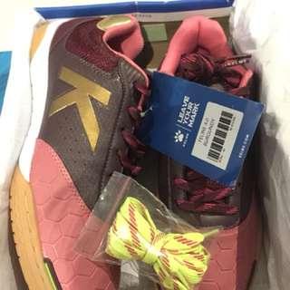 Sepatu futsal kelme feline 4.0 size 40