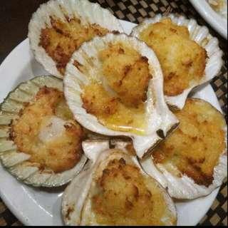 Freshly baked scallops (6pcs)