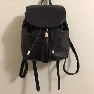 FOREVER 21 Black Small Backpack