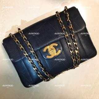 (SOLD)Chanel Vintage 深藍色荔枝皮直紋Jumbo