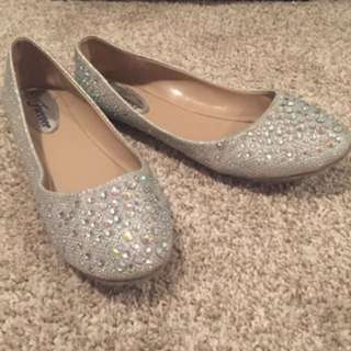 Silver rhinestone flats - wore once for graduation size 7