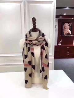 巴寶莉 burberr 桃心 圍巾 披肩 100%山羊絨 90*200cm