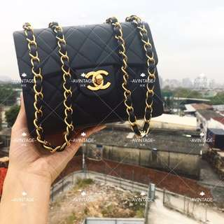 (SOLD)Chanel Vintage 黑色 Mini Flap 18cm