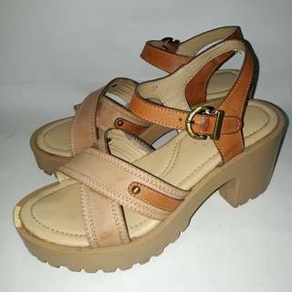 Laviola Wedges