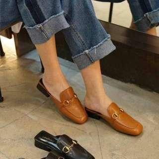 經典釦環方頭穆勒鞋-焦糖色230