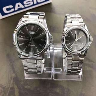 Casio couple