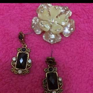 Black squared Earrings
