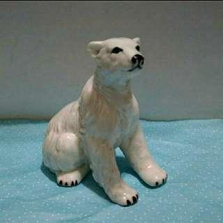 陶瓷北極熊
