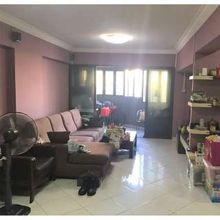 689 Jurong West Central 1 - 5RM HDB For Sale