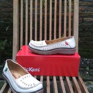 Sepatu Wanita Kickers bahan Kulit Asli