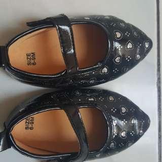 Sepatu bayi 6-9m