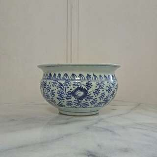 Antique Blue And White Porcelain with underglaze Blue painting height 12cm diameter 21cm