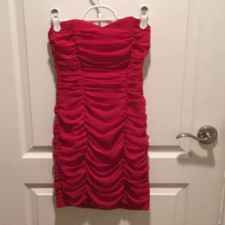 H&M Sweetheart Red Ruched Dress