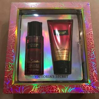 Victoria Secret Pure Seduction gift set (fragrance mist & lotion)