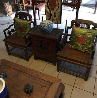 Antique (小姐椅) chairs