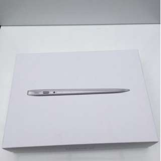 Apple MacBook Air 13.3Inches 512GB Silver 8GB { 2015 }