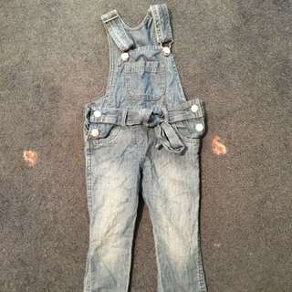 Girl's overalls