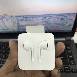 Apple Lightning Earpod