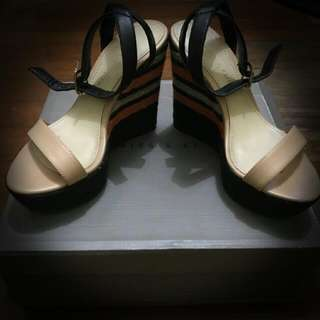 CHARLES AND KEITH   WEDGE   NUDE   ANKLE STRAP   OPEN TOE