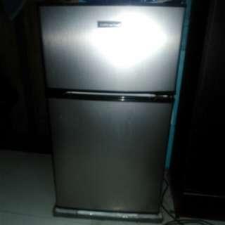 3.5 cu. Ft American Home Two door Refrigerator