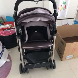 Combi Miracle Turn Stroller (light weight)