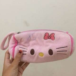 Tempat pensil hello kitty