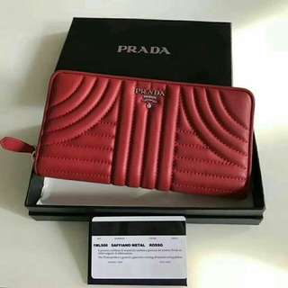 Prada Wallet Premium OEM Authentic Grade