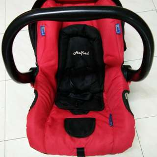 Halford Baby Carrier Carseat