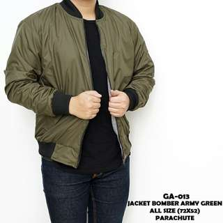 Jacket bomber army green