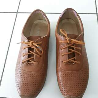 Coppelia brown flat