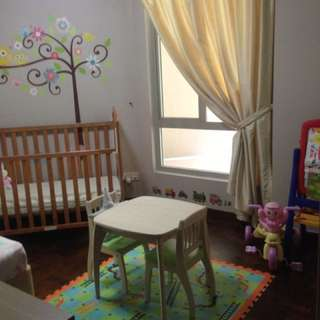 Toddler desk & chairs