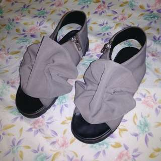 Mks' shoes