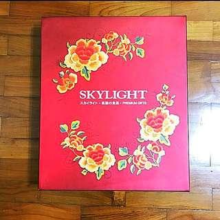 Skylight Abalone Box