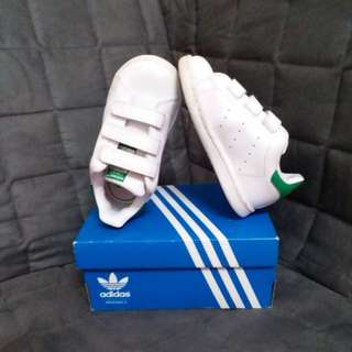 KIDS ADIDAS STAN SMITH SHOES
