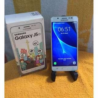 Samsung Galaxy J5 2016 mulus 95%