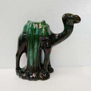 駱駝  瓷