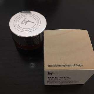 It Cosmetics Neutralizing Correcting Cream (bye bye redness)