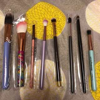 Assorted Make Up Brushes