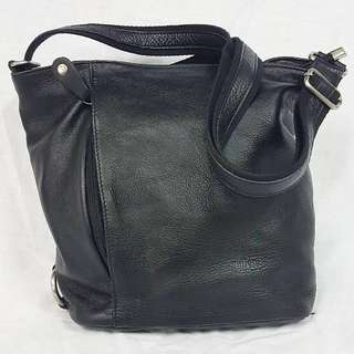 MILLENI GENUINE LEATHER SLING BAG