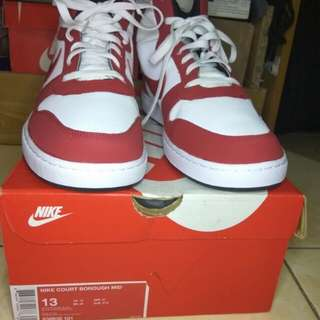 Nike court borough mid(size 44 bisa)